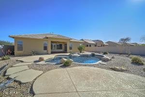 18233 W EAST WIND Avenue, Goodyear, AZ 85338