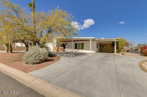 2718 E VICTOR HUGO Avenue, Phoenix, AZ 85032