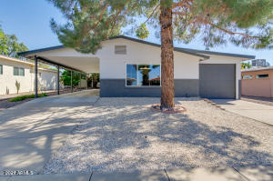 2161 N MIDDLECOFF Drive, Mesa, AZ 85215