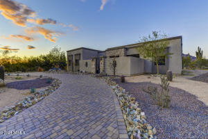 6706 E LONESOME Trail, Cave Creek, AZ 85331