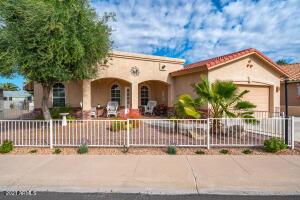 5826 E LAWNDALE Street, Mesa, AZ 85215