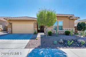 18239 W DESERT SAGE Drive, Goodyear, AZ 85338