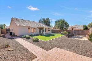 3820 W QUESTA Drive, Glendale, AZ 85310