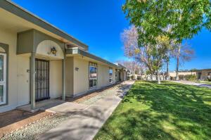 13416 N EMBERWOOD Drive, Sun City, AZ 85351