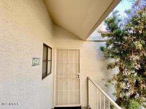 2855 S EXTENSION Road, 252, Mesa, AZ 85210