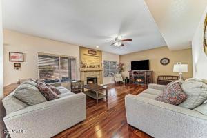 2370 W TOLEDO Place, Chandler, AZ 85224