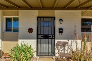 6721 E MCDOWELL Road, B301, Scottsdale, AZ 85257