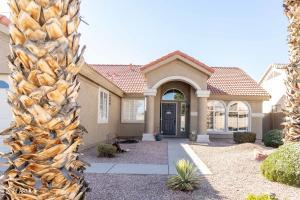 680 S PINEVIEW Drive, Chandler, AZ 85226