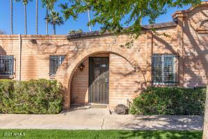 3036 N 32ND Street, 303, Phoenix, AZ 85018