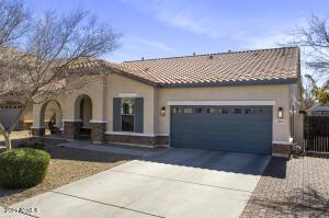 2891 E FANDANGO Drive, Gilbert, AZ 85298