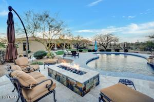 Come relax and enjoy this spectacular home in North Scottsdale!