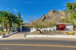 2432 E Piestewa Peak Drive, Phoenix, AZ 85016