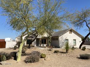 2984 E HORSE MESA Trail, San Tan Valley, AZ 85140