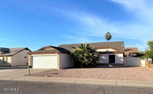8156 W TUCKEY Lane, Glendale, AZ 85303