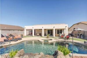 40319 N SHETLAND Drive, San Tan Valley, AZ 85140