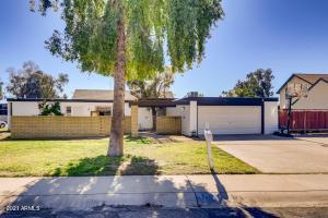 3001 W CLINTON Street, Phoenix, AZ 85029