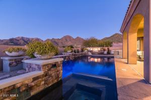 11348 E GREENWAY Road, Scottsdale, AZ 85255