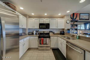 20121 N 76TH Street, 2027, Scottsdale, AZ 85255