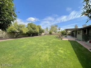 5410 E WINDROSE Drive, Scottsdale, AZ 85254