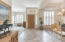 Light and Bright Home 12 feet ceilings and Large windows