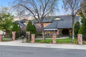 6856 N 1ST Avenue, Phoenix, AZ 85013