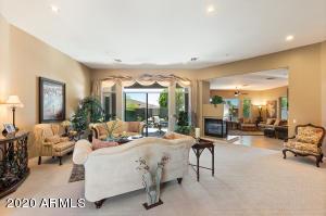 11039 E BECK Lane, Scottsdale, AZ 85255
