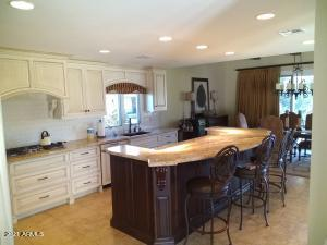Master Chef designed gourmet Kitchen with top of the line appliances!