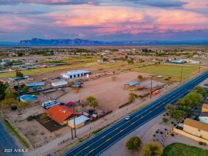 40771 N RATTLESNAKE Road, San Tan Valley, AZ 85140