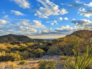 42771 N OLD CORRAL Road, 327, Scottsdale, AZ 85262