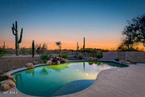 8473 E MONTELLO Road, Scottsdale, AZ 85266