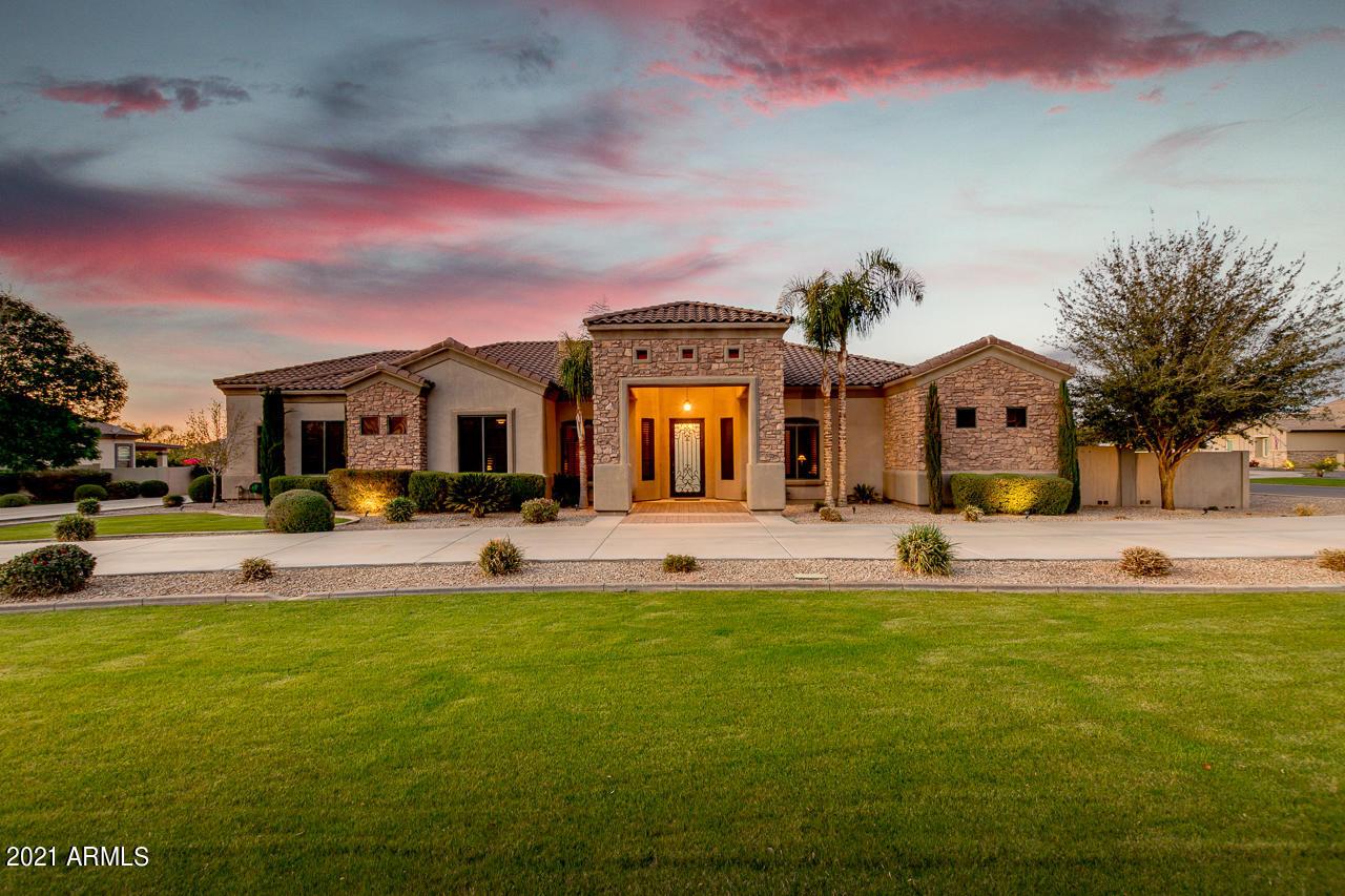 19726 COUNTRY MEADOWS Drive, Queen Creek, Arizona 85142, 4 Bedrooms Bedrooms, ,3.5 BathroomsBathrooms,Residential,For Sale,COUNTRY MEADOWS,6209867