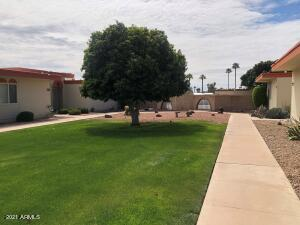 10948 W COGGINS Drive, Sun City, AZ 85351