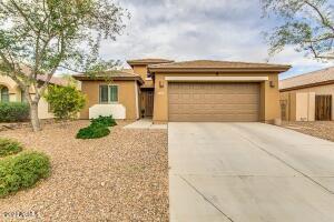 4203 S SAWMILL Road, Gilbert, AZ 85297