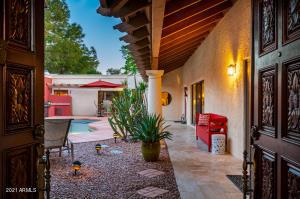 5249 N 31ST Place, Phoenix, AZ 85016