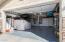 2 Car Garage.Direct Entry.