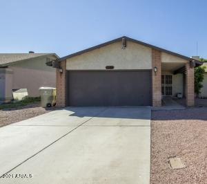 5655 W SUNNYSIDE Drive, Glendale, AZ 85304
