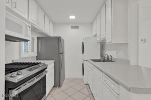 3828 N 32ND Street, 202, Phoenix, AZ 85018