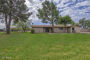 6551 W FREMONT Road, Laveen, AZ 85339