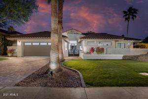 9976 E CINNABAR Avenue, Scottsdale, AZ 85258