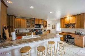 2526 N 69TH Place, Scottsdale, AZ 85257