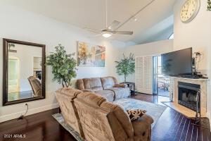 10301 N 70TH Street E, 209, Paradise Valley, AZ 85253