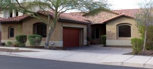 2318 E WINSTON Drive, Phoenix, AZ 85042