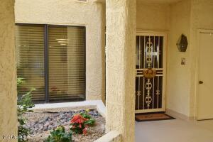 19400 N WESTBROOK Parkway, 116, Peoria, AZ 85382