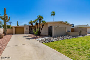 6821 E EDGEMONT Avenue, Scottsdale, AZ 85257