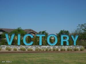 20718 W HILLCREST Boulevard, Buckeye, AZ 85396