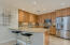 Upgraded Irpina kitchen cabinets, stainless steel appliances, gas cooktop!