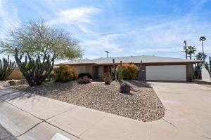 8301 E WINDSOR Avenue, Scottsdale, AZ 85257