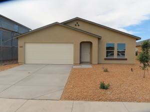 215 E BOBCAT Place, Casa Grande, AZ 85122