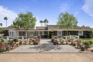 305 W ROSE Lane, Phoenix, AZ 85013