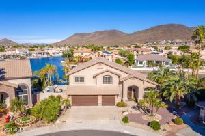 Desirable North / South Exposure ensure for maximum enjoyment of the yard and pool during those warm Arizona days!